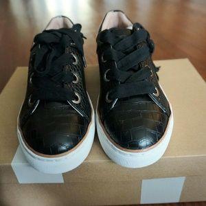 Steve Madden Steven NC Black Croc Sneaker Sz 6.5